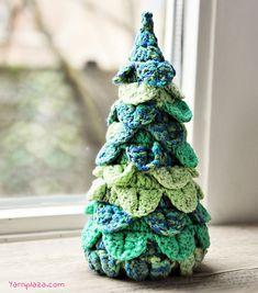 Ravelry: Christmas Tree pattern by Yarnplaza.com - For knitting and crochet