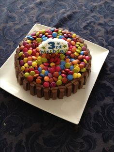Kids birthday cake - smarties Home made