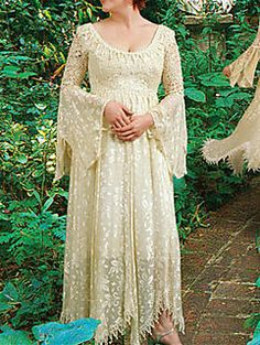 Call me Stevie Nicks, but I just love bohemian/gypsy/cottage style clothing. I love the ease of it.