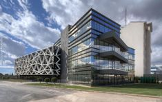 Gallery of EIGHT Office Complex / PEOPLE - 2
