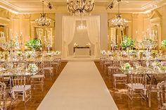 Decoração de casamento - cerimônia judaica - chuppah de renda - total white ( Decoração: Clarissa Rezende   Foto: João Coelho )
