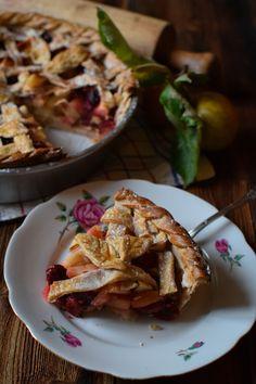 tourte aux pommes et aux airelles French Toast, Pie, Breakfast, Desserts, Food, Apple Torte, Green, Recipes, Kitchens