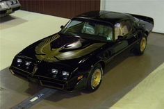 1981 Pontiac Trans Am Special Edition Automatic presented as lot at Houston, TX 2012 - Pontiac Cars, Chevrolet Camaro, Car Man Cave, Smokey And The Bandit, Pontiac Firebird Trans Am, Barrett Jackson Auction, American Muscle Cars, Hot Wheels, Cool Cars