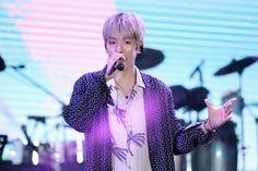 Baekhyun [HQ] 180623 Lotte Family Concert   #EXO