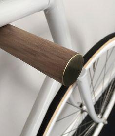 wooden bike hook // BLACK WALNUT // BRASS van fluoshop op Etsy