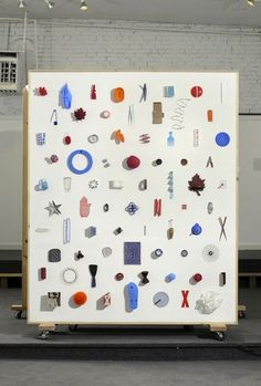 Things Organized Neatly — Ideal X, object arrangement installation (based on. Exhibition Display, Exhibition Space, Espace Design, Exposition Photo, Instalation Art, Things Organized Neatly, Display Design, Signage, Contemporary Art