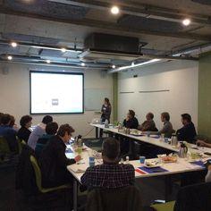 Vroege start met o.a. een presentatie over huisstijlen #o2gh #meetinoffice