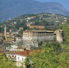 Rovereto - Trentino - http://www.visittrentino.it/it/cosa_fare/da_vedere/dettagli/dett/castel-toblino
