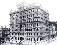 Hotel Palace, na avenida Central, hoje Rio Branco. Foi demolido em 1950 para dar lugar ao Edifício Marquês do Herval.