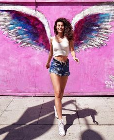 Girl Photo Poses, Girl Photos, Angel Wings Art, Wing Wall, Profile Picture For Girls, Poses For Photos, Photos Tumblr, Tgirls, Sequin Skirt