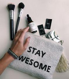 Dicas de beleza de Helena Lunardelli sobre os produtos BeYoung!Eles são verdadeiros salva-vidas pradeixar a pele mais homogênea e com cara de descansada!