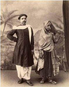 Samuel Bourne - Jeune couple en tenue de cérémonie à Delhi, 1880.