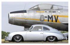 Porsche - right stance #porsche