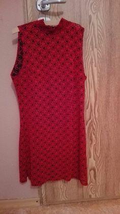 Czerwona sukienka w stylu chińskim