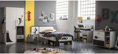 Studentský pokoj ve stylu street, ideální pro studenta Malm, Divider, Bed, Gauche, Furniture, Design, Home Decor, Stickers, Mattress