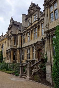 college-campuses:  Trinity College, Oxford.