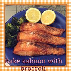 bake salmon with broccolli