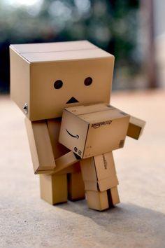 Danbo cute kawaii robot art photo for mothers day card or print Danbo, Cardboard Robot, Box Robot, Amazon Box, Cute Box, Big Hugs, Little Boxes, Toys Photography, Cute Cartoon