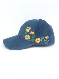 Embroidered Baseball Cap Hat Embroidery, Hand Embroidery Patterns, Cross Stitch Embroidery, Embroidery Designs, Bone Floral, Abaya Mode, Bone Bordado, Embroidered Baseball Caps, Cute Hats