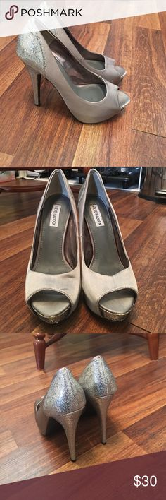 Silver Sparkly Steve Madden Heels Size 9.5 Steve Madden Brand, silver sparkly heels, Size 9.5...Great Condition!! Only worn once Steve Madden Shoes Heels