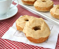 Cinnamon Donuts with Brown Butter Glaze – Low Carb and #Gluten-Free via @dreamaboutfood