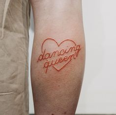 Words 'Dancing queen' inked together with an outline heart on the right calf. Done at Bonjour Tattoo Club Words 'Dancing queen' inked together with an outline heart on the right calf. Done at Bonjour Tattoo Club Lyric Tattoos, Bff Tattoos, Time Tattoos, Word Tattoos, Body Art Tattoos, Tatoos, Queen Of Hearts Tattoo, Queen Tattoo, Cute Tiny Tattoos