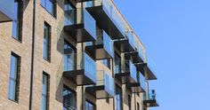Balconies at Fulham High Street have dark soffits and fascias, which contrast perfectly against the facade in the mid-afternoon sun. Our offer residents private outdoor space. Floor Slab, Mid Afternoon, Balcony Deck, Building Structure, Fulham, Green Man, Balconies