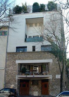 Maison de Tristan Tzara (1926) 15, avenue Junot Paris 75018. Architecte : Adolf Loos.