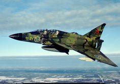 """Saab SK37 Viggen (""""Thunderbolt"""") - Flygvapnet (Swedish Air Force), Sweden"""