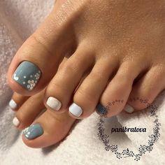Beautiful Nail Designs For Toes - Hast du aber schöne Fußnägel, ®™ - manicure Pretty Toe Nails, Cute Toe Nails, My Nails, Purple Toe Nails, Star Nails, Pretty Toes, Toe Nail Color, Toe Nail Art, Acrylic Toe Nails
