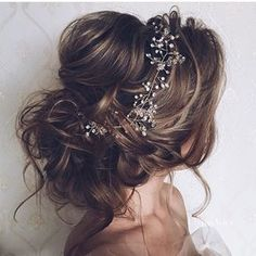 """Gorgeous #bridal hair by @ulyana.aster"""