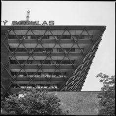 Slovenský Rozhlas (Slovak Radio), Bratislava, Slovakia. (Arch. Štefan Svetko, Štefan Ďurkovič & Barnabáš Kissling, 1967-83) Photo by Carlos Traspaderne with Hasselblad 500 C/M & Ilford film.