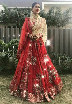 I bet all of you at some point of time have wondered what is Priyanka Chopra Sabyasachi Lehenga Cost?