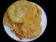 Lívance z ovesných vloček můžeme mazat džemem nebo plnit masovou či zeleninovou směsí. Macaroni And Cheese, Ethnic Recipes, Food, Mac And Cheese, Essen, Meals, Yemek, Eten