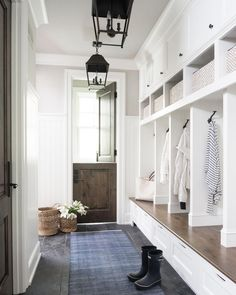 modern farmhouse mudroom design with dutch door Mudroom Laundry Room, Mud Room Lockers, Mudroom Cubbies, Mudrooms With Laundry, Entry Way Lockers, Built In Lockers, Mudroom Cabinets, Small Laundry, Foyer Decorating