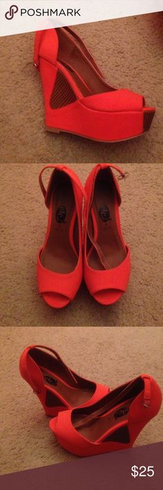Orange open toed wedges Orange wedges,only worn once. Selling them because I can't walk in them Rue 21 Shoes Wedges
