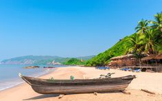 The Best Beaches in Goa | A roundup of the best beaches in Goa, India: the best, worst, most beautiful, least crowded, and more. Read on.