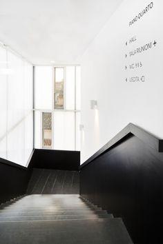 """Gallery of Banca di Credito Cooperativo """"G. Toniolo"""" Auditorium / FABBRICANOVE Architetti  - 13"""