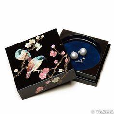 Raden Lacquerware Jewelry Box / Japanese Apricot. Tea Box, Handcrafted Jewelry, Handmade, Box Design, Chinese Art, Japanese Art, Jewelry Box, Glass Art, Artisan