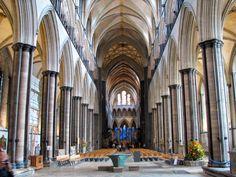 Interior de la Catdral de Salisbury -Inglaterra.