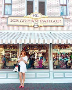 ice cream time at disneyland