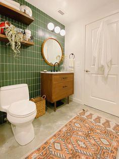 Hunter Green Contemporary Bathroom | Fireclay Tile