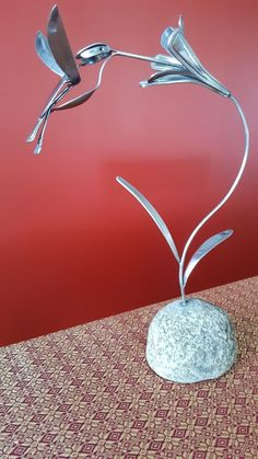 "Awesome ""metal tree art welded"" information is offered on our site. Take a look and you wont be sorry you did. Metal Yard Art, Scrap Metal Art, Metal Tree Wall Art, Metal Artwork, Tree Artwork, Welding Art Projects, Metal Art Projects, Metal Crafts, Diy Welding"