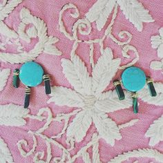 CASS DICKSON Howlite & Malachite earrings on a vintage pillow from Mexico #jewelry #cassdickson #mexicanembroidery