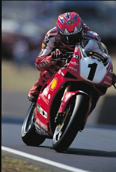 Carl Fogarty - one of the best and who got me interested in motorbikes!