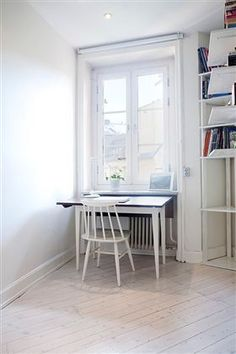 Study nook in a 1930's charming apartment in Stockholm
