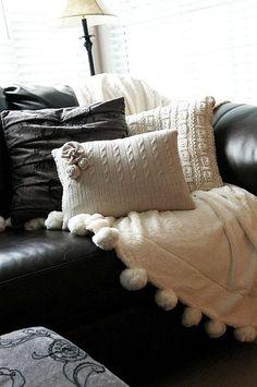 Мастер класс по созданию подушки из старых свитеров. Фотографии и инструкции. Декоративные наволочки из свитеров украсят интерьер.