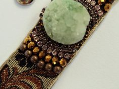 Green Agate Bracelet Elegant Cuff Druzy Bracelet Boho Chic Jewelry Hippie Style Natural Stone Bracelet Coachella Style Fabric Cuff Bracelet *Dimensions: It is about 5.5 inches - 9.5 inches (14 - 24 cm) length and 1.5 inches wide (around 2 - 3 cm). *Materials used: - printed cotton