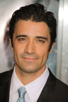 gilles marini - Google Search (2 Broke Girls)