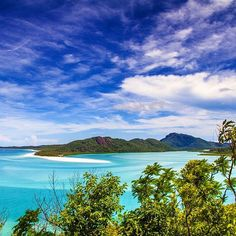 Whitehaven Beach views in the Whitsundays. Image by Tom_Barton98 via IG. #lovewhitsundays #thisisqueensland